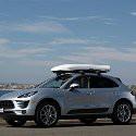 Náročným zákazníkom ponúkame štýlové prepravné boxy na strechu auta v niekoľkých materiálových prevedeniach pre maximálny komfort, funkčnosť a vzhľad.