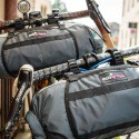 Veľmi kvalitné, vodotesné a expandovateľné cyklotašky pre bike packing s uchytením na riadidlá, alebo predstavec kompatibilné s MTB alebo cestnými riadidlami.