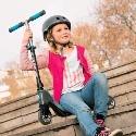 Špeciálne navrhnuté odrážadlá a detské kolobežky v prémiovej kvalite od značkových výrobcov ako ideálny doplnok pre každé dieťa v rannom štádiu pohybového vývoja.