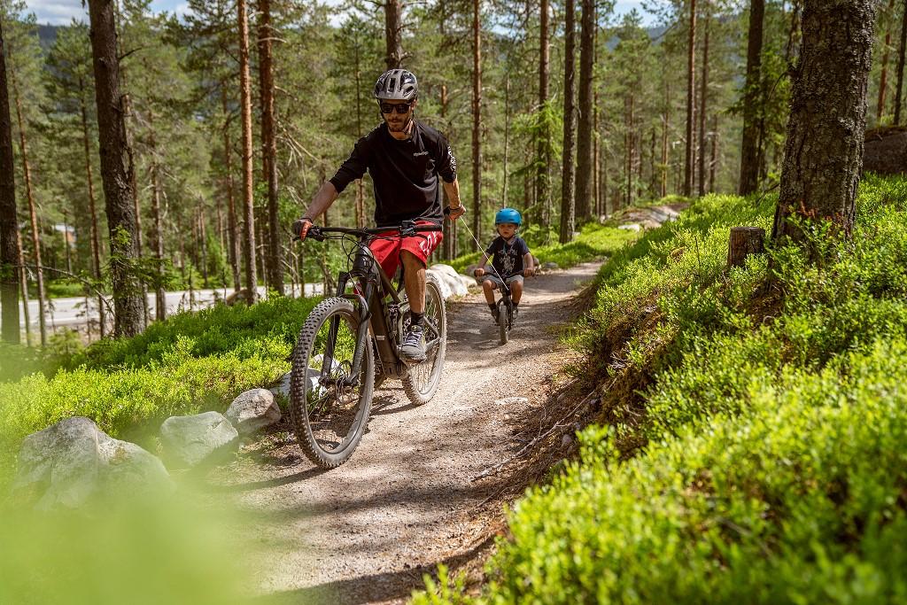 Navijak pre detský bicykel-červený (3